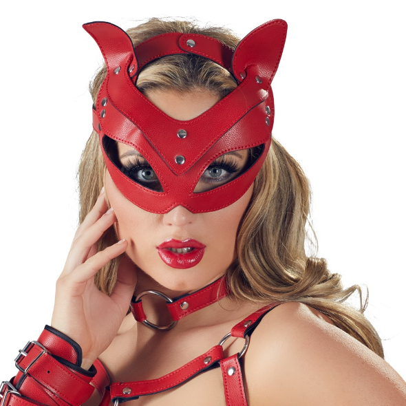 A- Masque Chat rouge